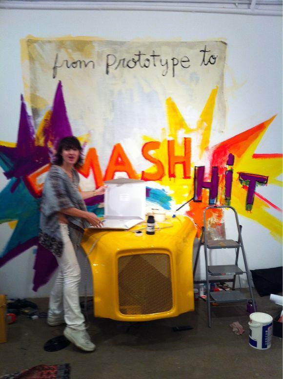 Melissa muralizing